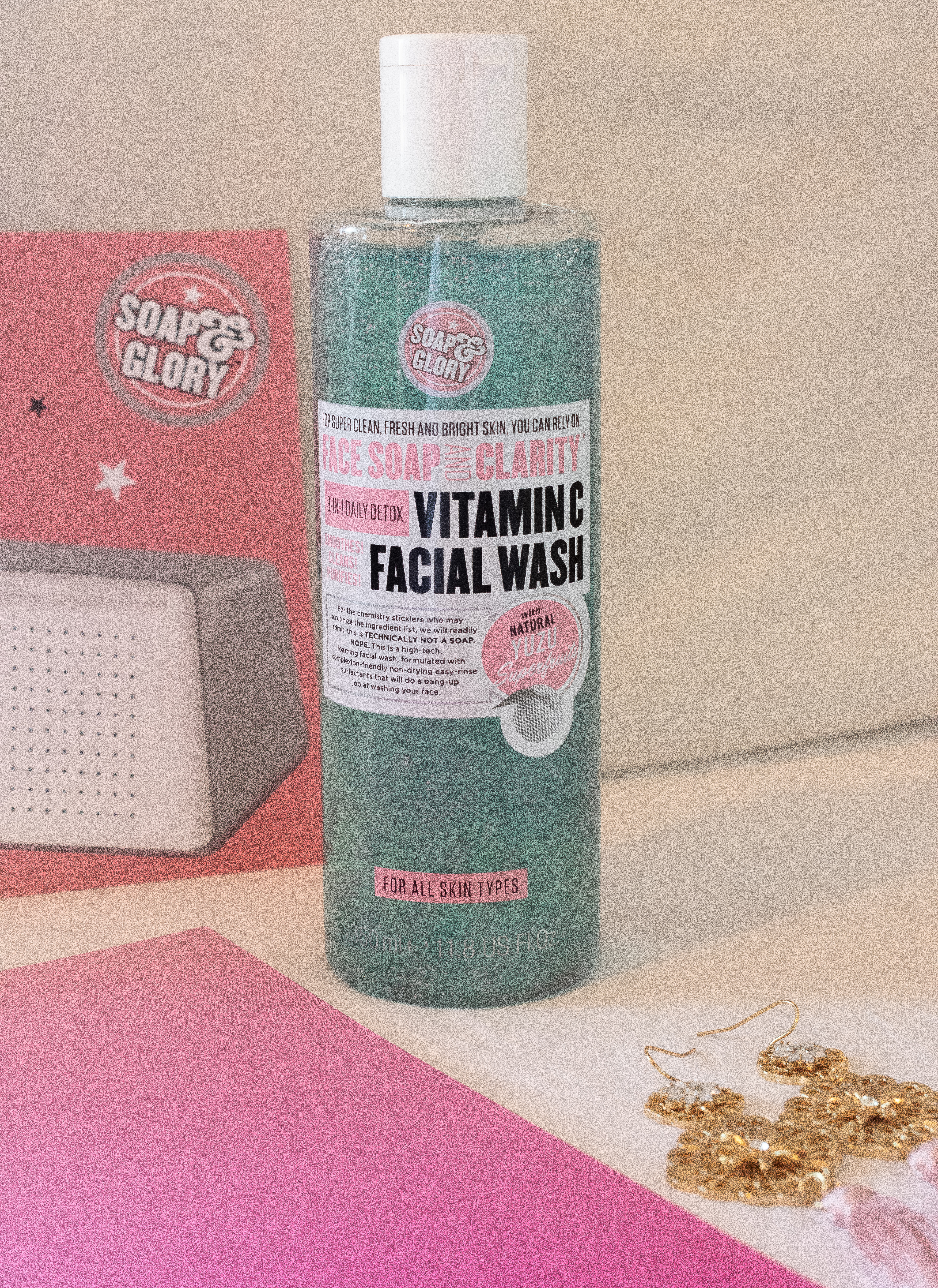 image of soap and glory vitamin c facial wash